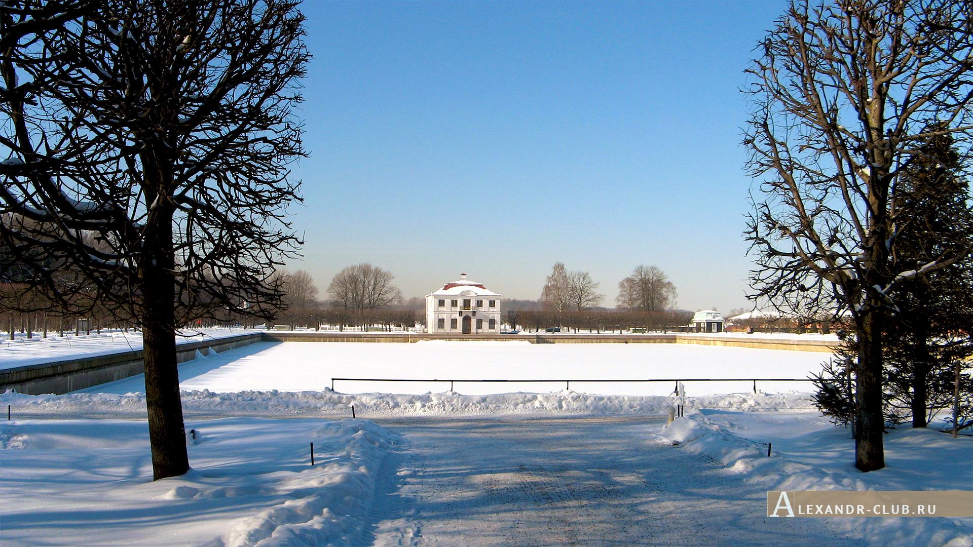 Петергоф, зима, Нижний парк, Марлинский пруд и дворец Марли – 1