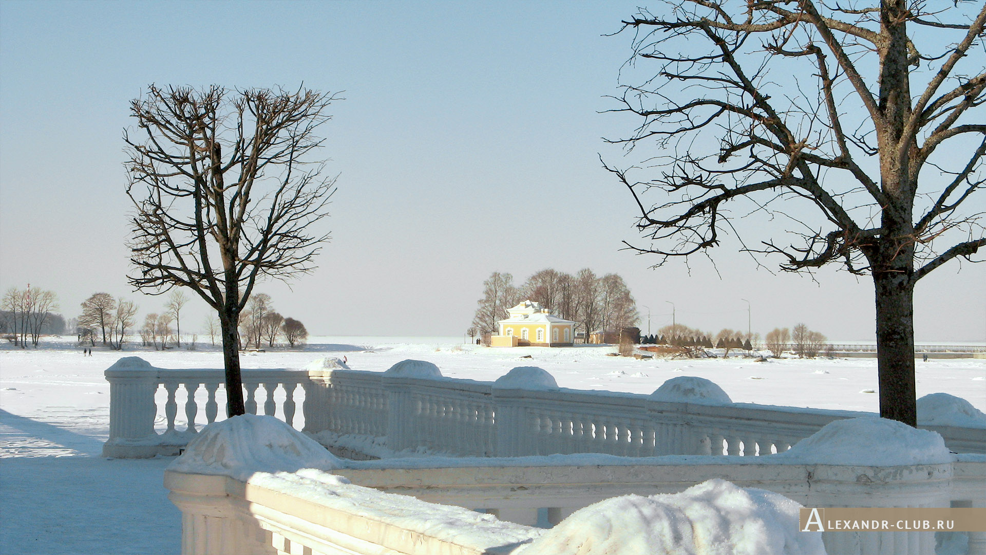 Петергоф, зима, Нижний парк, дворец «Монплезир» – 5