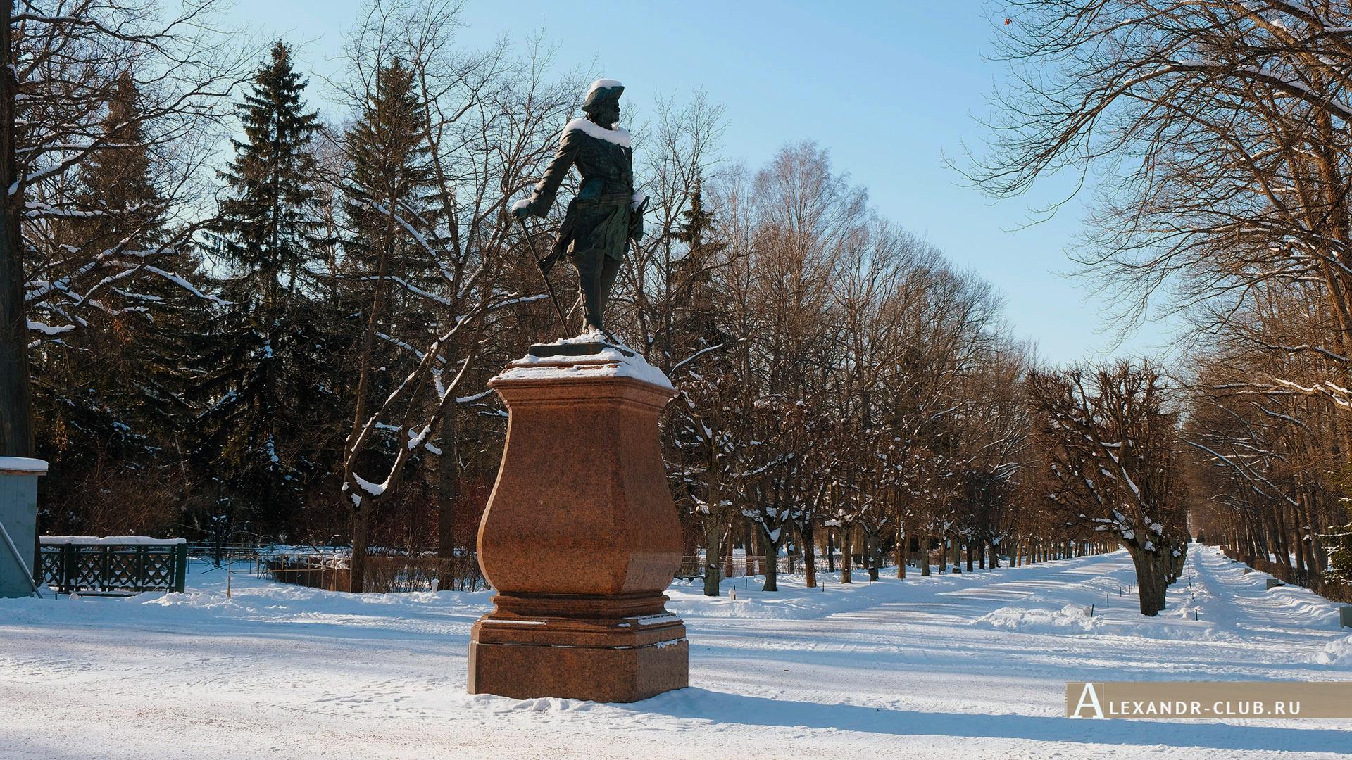 Петергоф, зима, Нижний парк, памятник Петру I