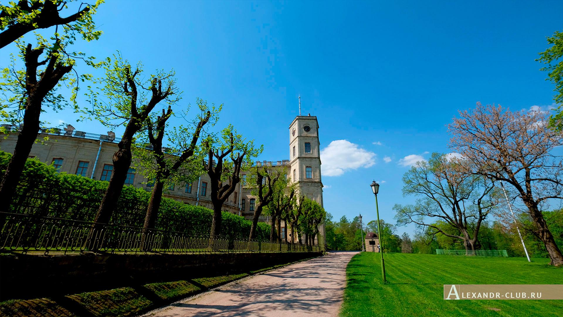 Гатчинский парк, весна, Гатчинский дворец и Собственный садик
