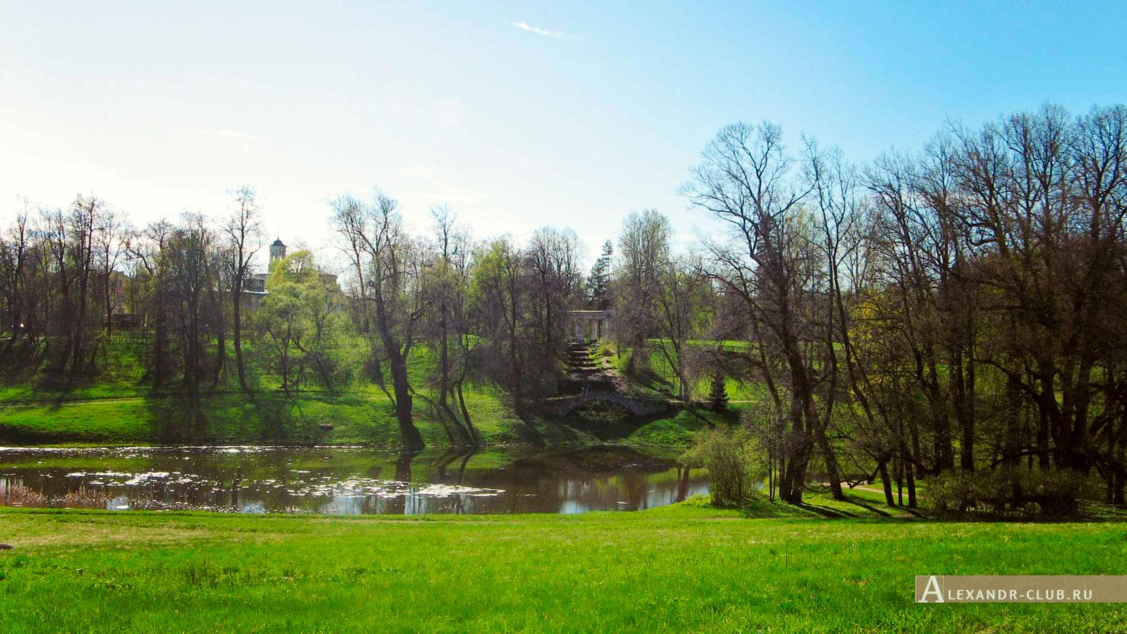 Павловский парк, весна, вид на р. Славянку и Колоннаду Аполлона – 2