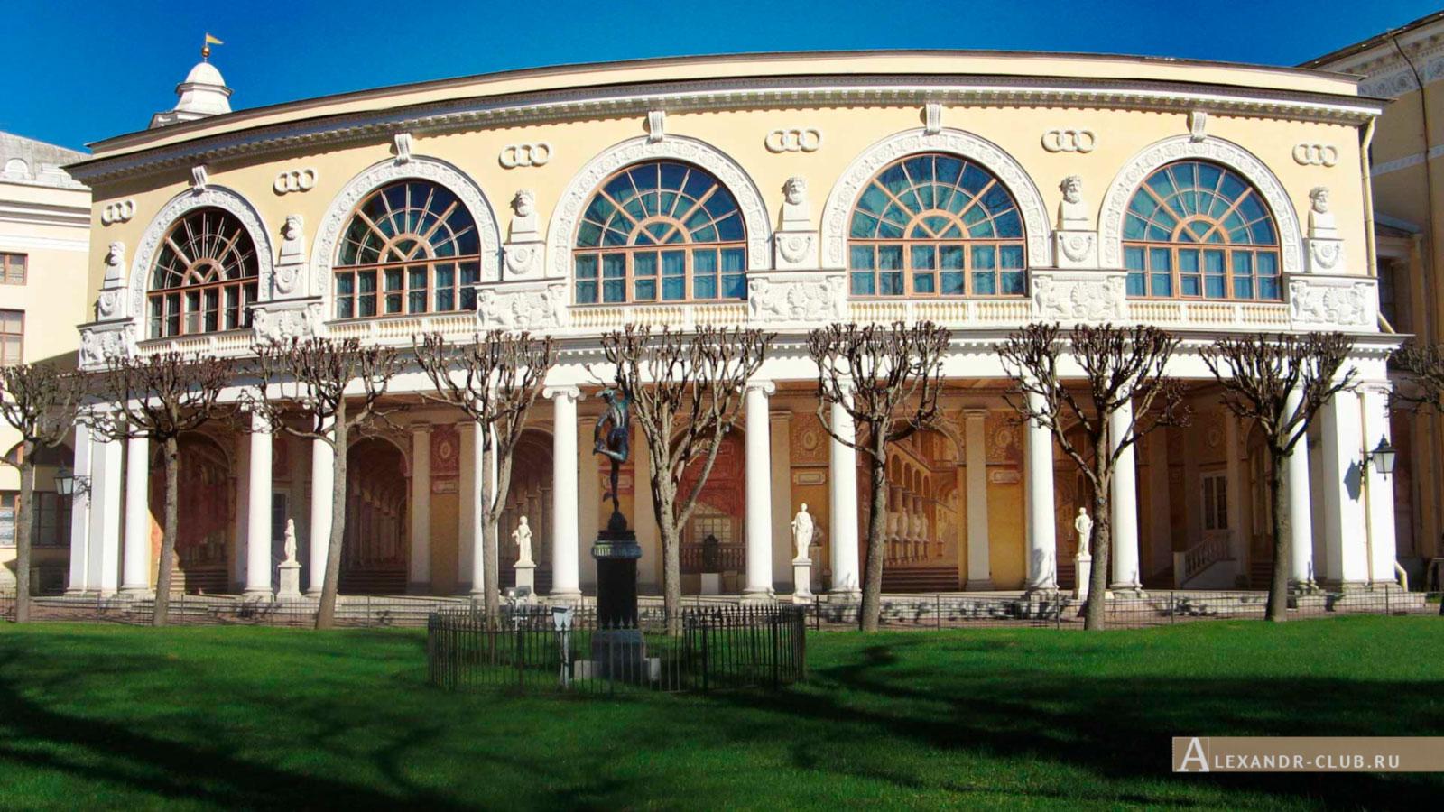 Павловский парк, весна, Павловский дворец – 2