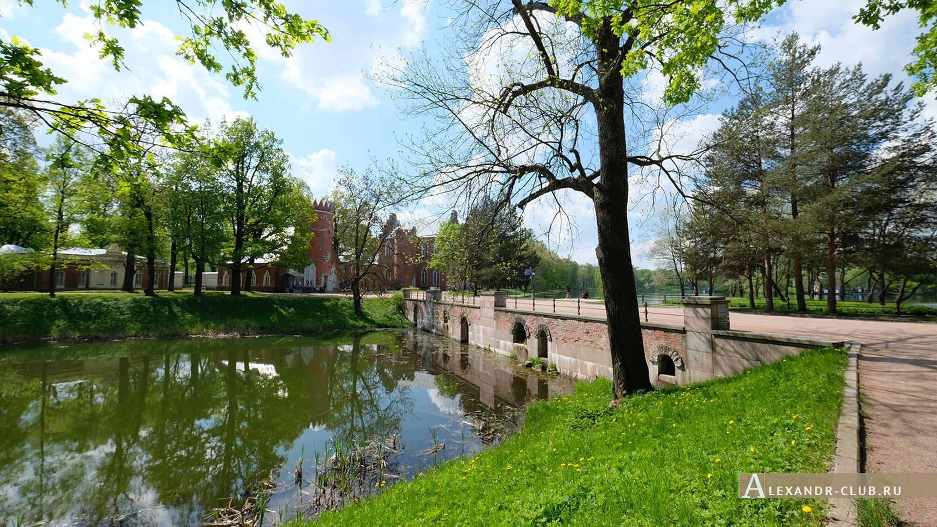 Царское Село, весна, Екатерининский парк, павильон «Адмиралтейство»