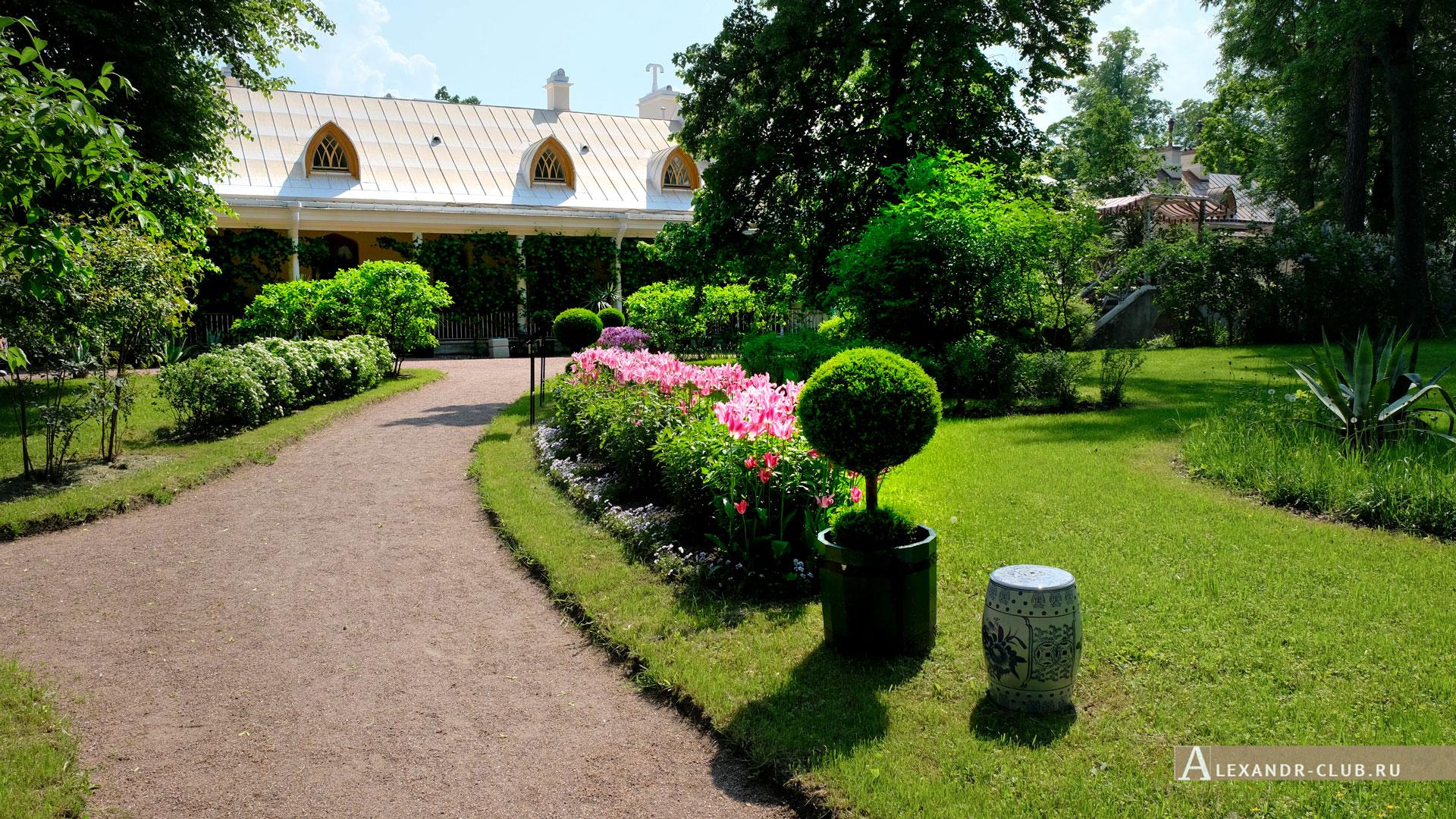 Петергоф, парк «Александрия», лето, Фермерский дворец