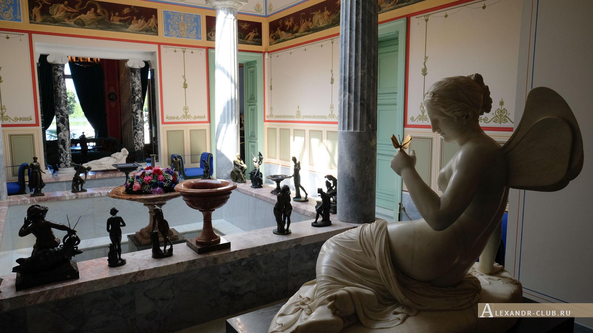 Петергоф, Колонистский парк, лето, Царицын павильон, атриум, скульптура «Психея», бассейн