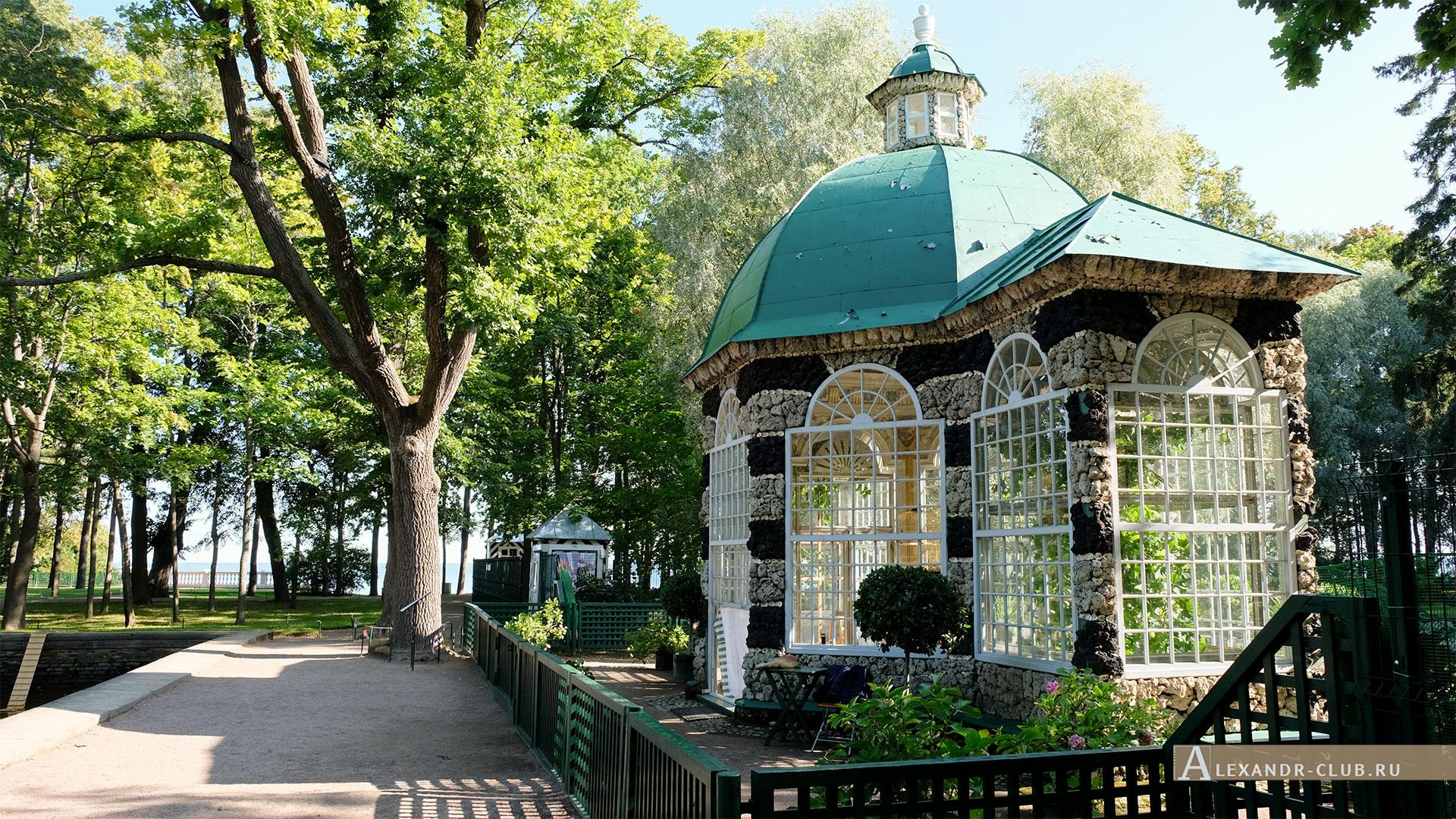 Петергоф, зима, Нижний парк, павильон «Вольер»
